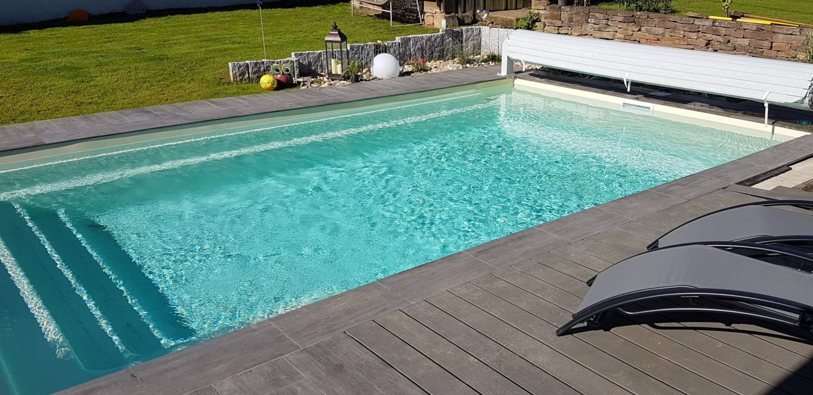 Piscine coque polyester mod le cobalt 8 alliances piscines - Renovation piscine coque polyester ...